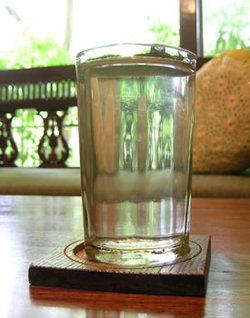 おもてなしの水
